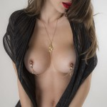 Caressing Hands Non-Piercing Nipple Necklace Breast Chain in Gold