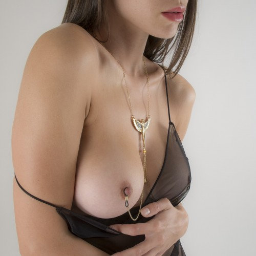 """""""Breath of Isis"""" Non-Piercing Nipple Necklace Breast Chain in Gold"""