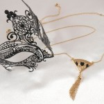 Waist Chain with Ornate Fan and Seductive Tassel in Gold or Silver